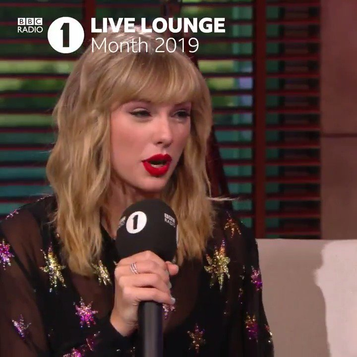 We're midway through #R1LiveLoungeMonth but we still can't stop watching where it all began - with @taylorswift13 in New York! 🗽❤️Watch Taylor introduce her six-song set list and listen back in full on @BBCSounds.
