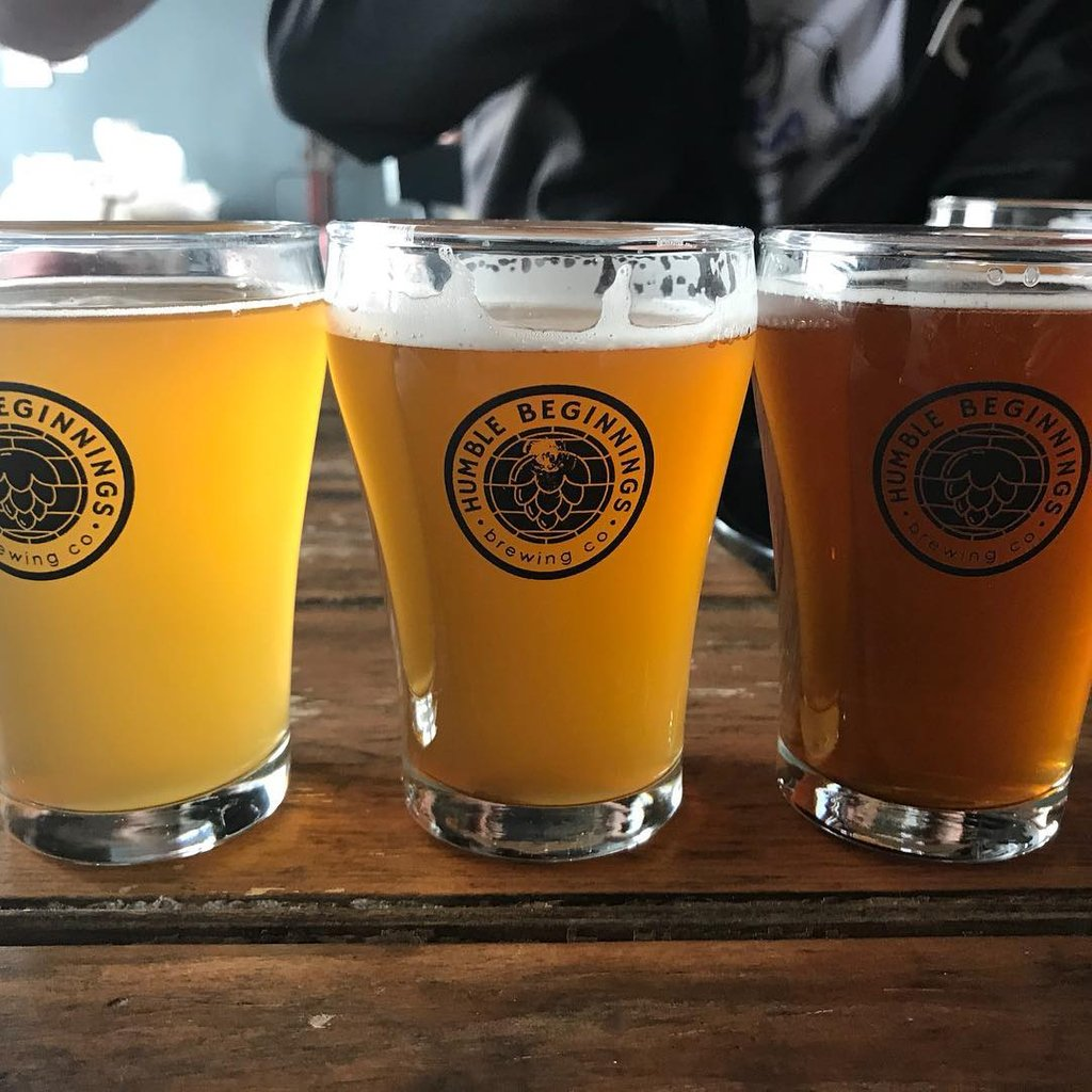 Fancy a flight?🍻 Stop by @hbbrewingco on Sept 28 to try their Welcome Great Pumpkin (Milkshake Spiced), Ale. 🎃 📍@sdgtourism @cornwalltourism | #GreatWaterway #DiscoverOn #ExploreCanada @OntarioTravel @ExploreON