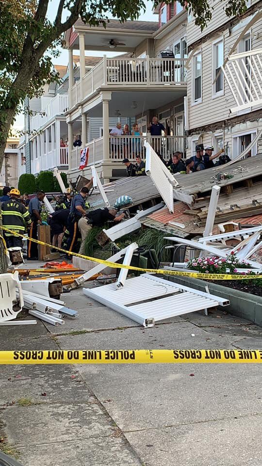 21 injured when decks collapse at Jersey Shore firefighter event