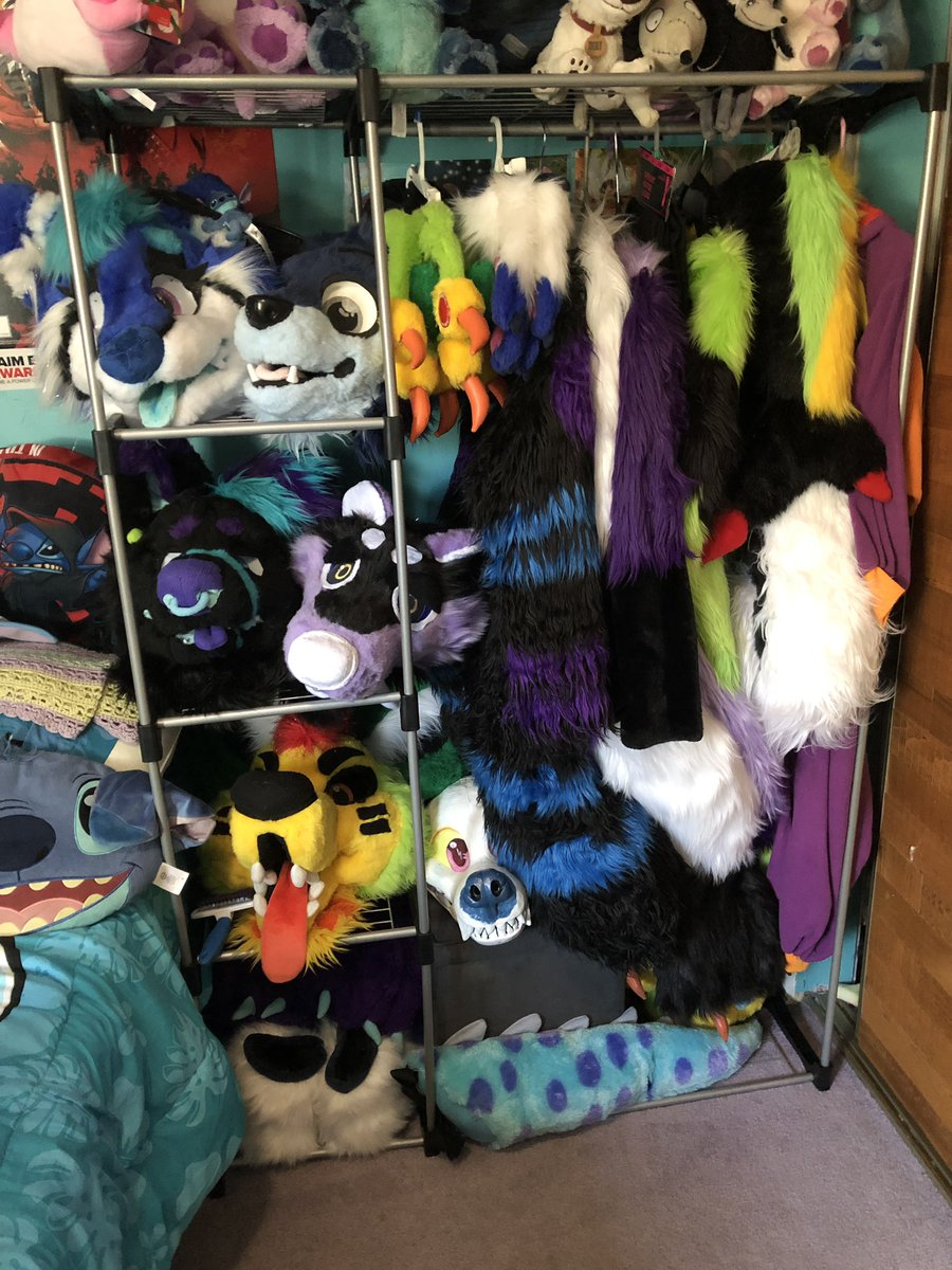 Y'all I got a new set up for all my fursuits  <br>http://pic.twitter.com/ILAhOWP8hE