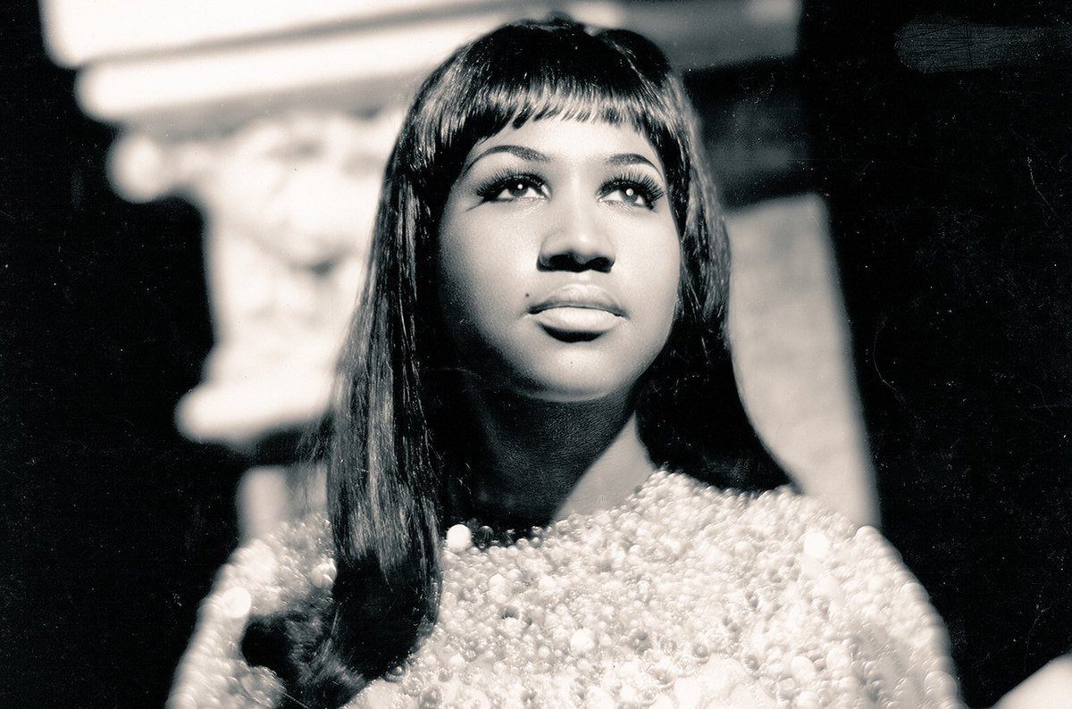 """Aretha Franklin     """"A Change Is Gonna Come""""    Composer- Sam Cooke   http:// youtu.be/k6YCxXQ6Scw    <br>http://pic.twitter.com/xD1BJ9EyfK"""