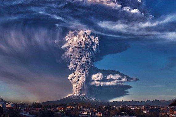 <世界の火山活動>VolcanoDiscovery ポポカテペトル火山(5426 m)Stratovolcano メキシコ 2019年9月15日日曜日10:45  JST 爆発的な活動が続きます。火山灰諮問センター(VAAC)ワシントンは、推定22000フィート(6700 m)の高度または飛行レベル220まで上昇した火山灰プルームについて警告しました。