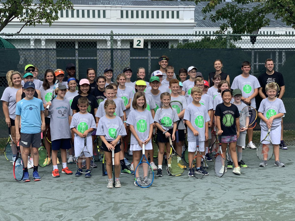Tennis Clinic with @Taylor_Fritz97, @JackSock, and special guest @MariaSharapova at the 2019 Greenbrier Champions Tennis Classic. 🎾 https://t.co/6bo5mdEqtI