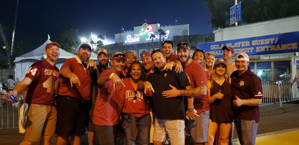 Bob Stoops Took An Awesome Photo After Oklahoma's Win At UCLA