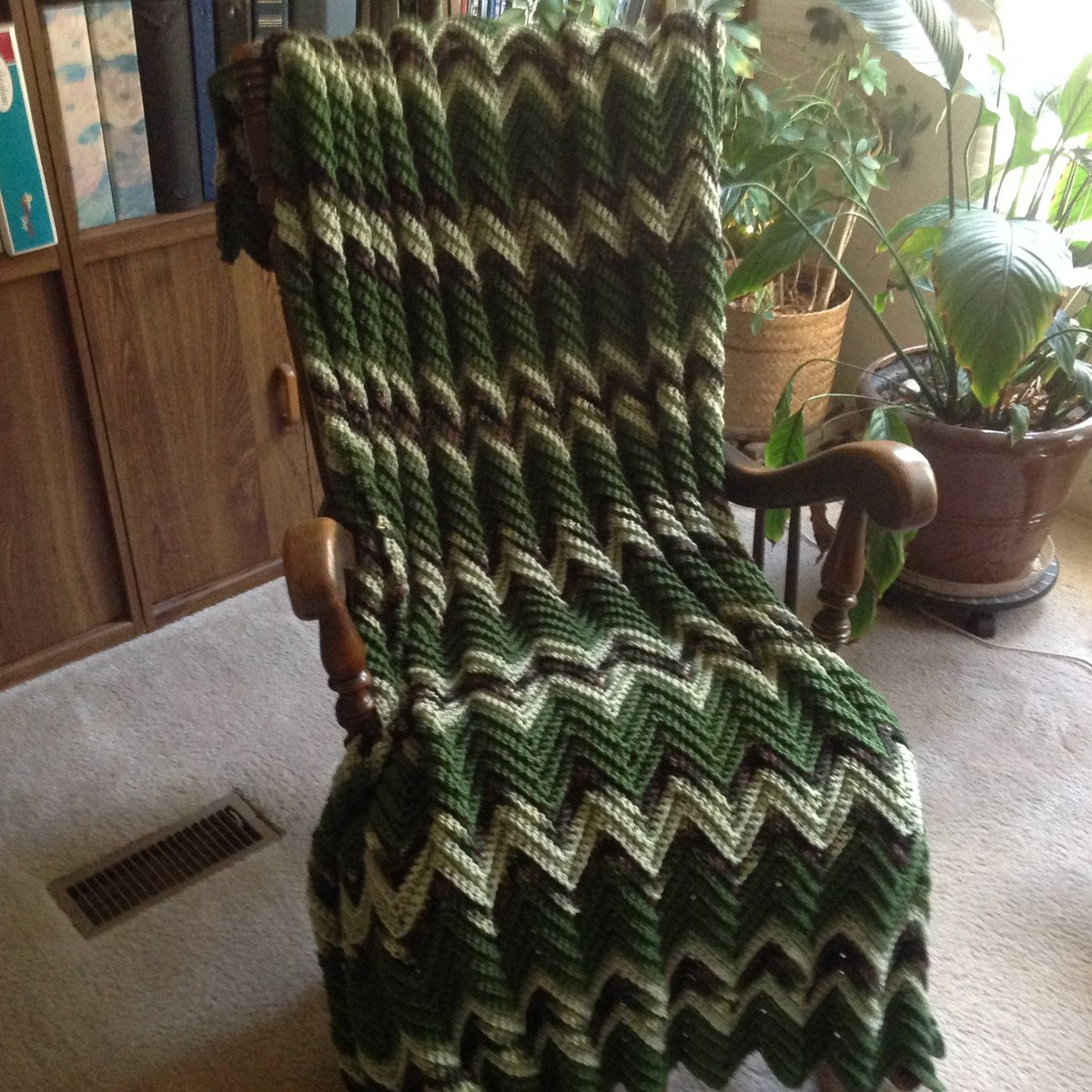 Camo & Green Hand Crocheted Chevron Afghan/Throw/Blanket, Free Ship, Man Cave Throw/Outdoorsman/Hunter/Fisherman/Military Gift, Made in USA  http:// tuppu.net/51ebce84     #YarnQueens #Etsy #MadeInUsa <br>http://pic.twitter.com/ahzrgEmBRz