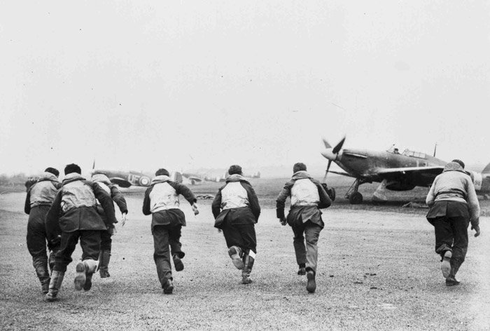 Today is #BattleOfBritainDay.  Always remember the few who gave so much for so many.....   #RAF #WW2 #LestWeForget <br>http://pic.twitter.com/oMC9eQLHGo