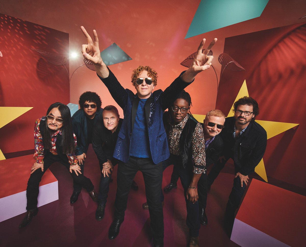 Simply Red are first on at Hyde Park today which means a 1.15pm stage time.  If you're not able to be there in person you can watch it live on the BBC red button from any BBC channel or later on the BBCiPlayer.  More details here:   https://www. bbc.co.uk/programmes/art icles/1JMb0gTLZGfkP3tph6Ld0Nk/how-to-get-your-fill-of-the-festival-in-a-day-2019  … <br>http://pic.twitter.com/CyfVTSI1sx