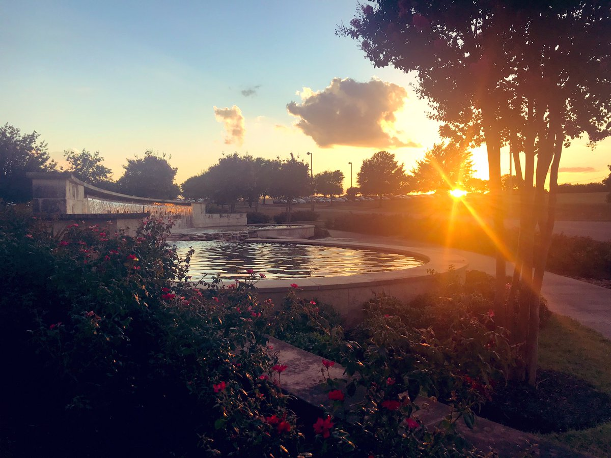 How pretty is this spot near the fountain at the #TXST RR Campus?  #FDOM19<br>http://pic.twitter.com/qdHafXMFIt