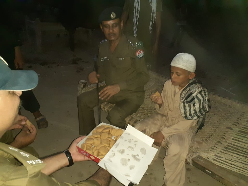 . @FarhanKVirk action has been taken on this and accused arrested in fact yesterday relevant DSP and SHO visited this childs house to meet him and gave him sweets and chocolates  https:// twitter.com/FarhanKVirk/st atus/1173127894710804480  … <br>http://pic.twitter.com/sjWQV5pWQD