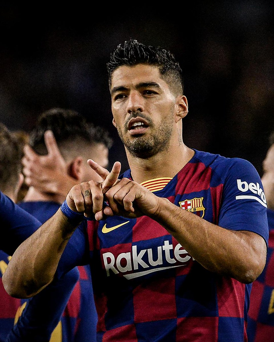 Luis Suarez dedicated his goal to Luis Enrique's daughter Xana, who recently died from cancer   Suarez's daughter went to the same school as Xana.<br>http://pic.twitter.com/jgu7pDNeeL