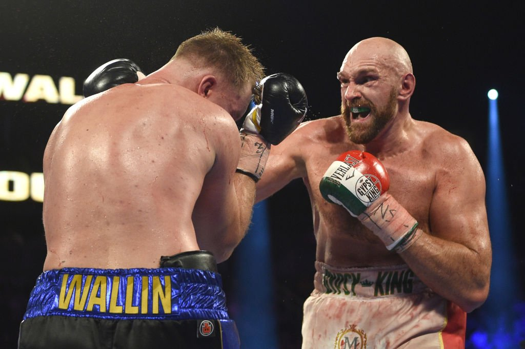 """Deontay Wilder, I want you next, bum.""Tyson Fury's hopes of fighting Deontay Wilder are still on track.Here's how #FuryvsWallin unfolded: http://bbc.in/2kAjik5  #bbcboxing"