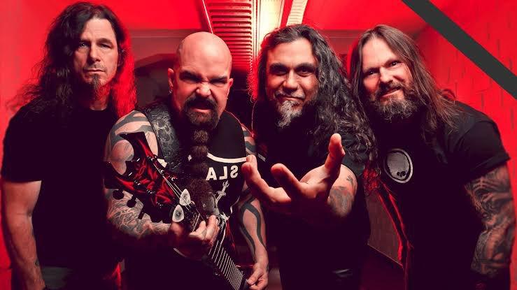 """.@Slayer merilis 'The Repentless Killology', sebuah film kombinasi dengan materi konser. Bagian film menampilkan trilogi untuk musik video """"You Against You,"""" """"Repentless,"""" dan """"Pride in Prejudice"""". Untuk konser menampilkan seluruh aksi Slayer di Los Angeles pada 5 Agustus 2017. https://t.co/D8OUd5h9Wr"""