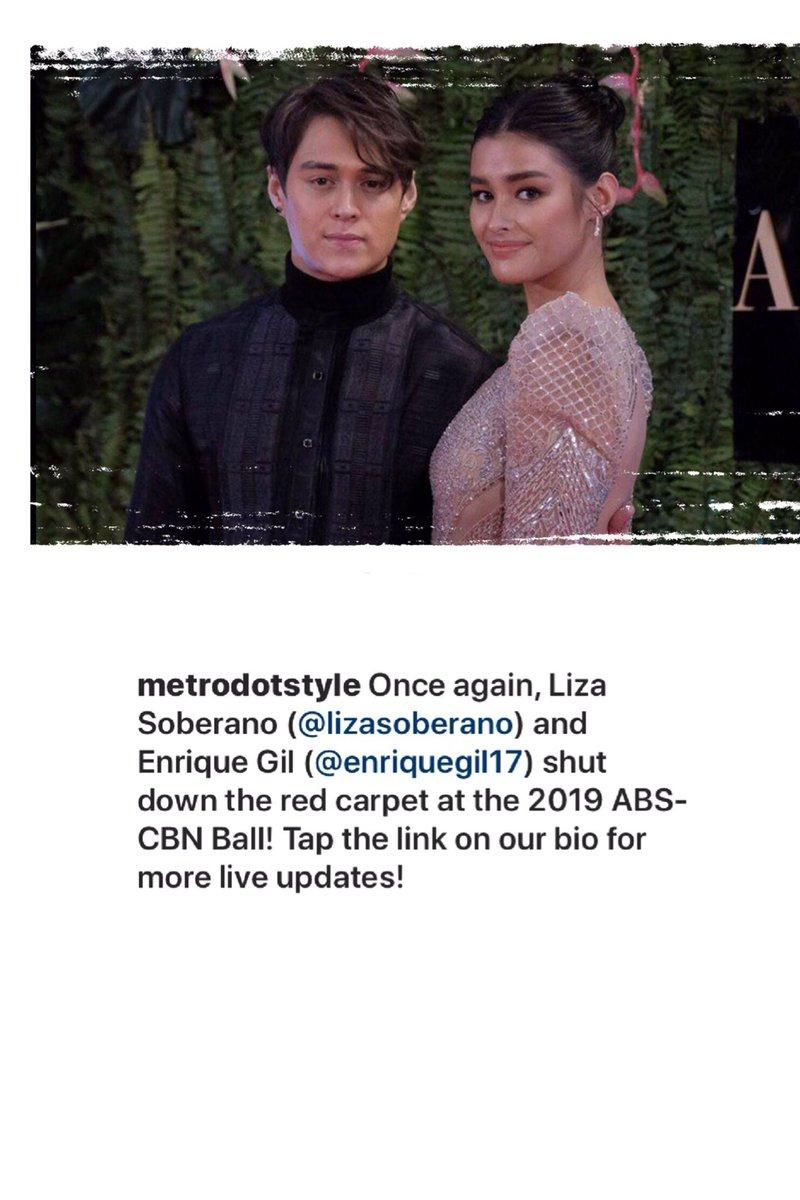 LQ shut down the red carpet...  #LizaJollySpiceFries<br>http://pic.twitter.com/gD9UzCdo3S