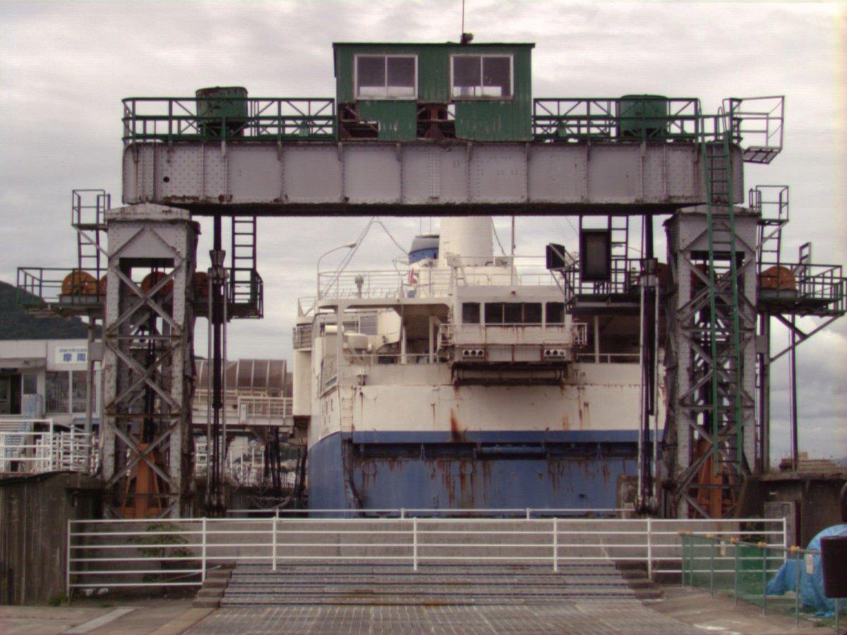 今日撮影 函館市青函連絡船記念館摩周丸 RD-175+コニカミノルタDT18-200mm 中望遠域 F11