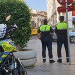Image for the Tweet beginning: Policía Local precinta tres establecimientos