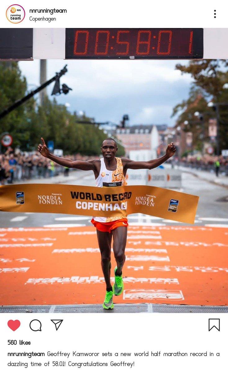 New World Half Marathon Record. <br>http://pic.twitter.com/xat5XMU5Yr