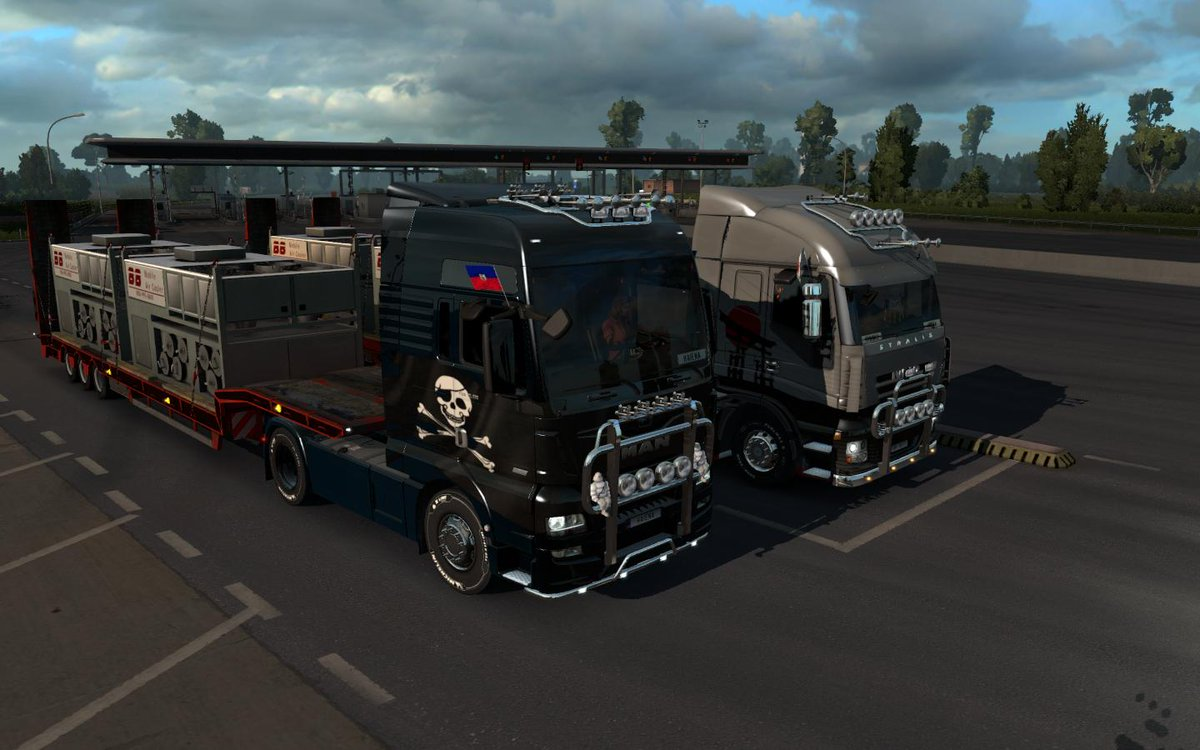 @MAN_Group TGX Euro 6 and @IVECO Stralis today for『Vroom², delivering locomotives (with 4x2, yes) and air conditioning units to Rotterdam and Rennes, respectively. Starting from Hamburg. @SCSsoftware #ETS2 @MichelinTruckUK @goodyear<br>http://pic.twitter.com/ALWvVFbJYa