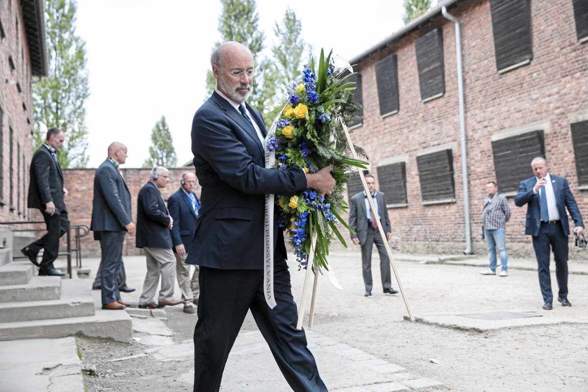 """I just wanted to pay tribute and remember them,"" said Gov. Wolf. post-gazette.com/news/crime-cou…"
