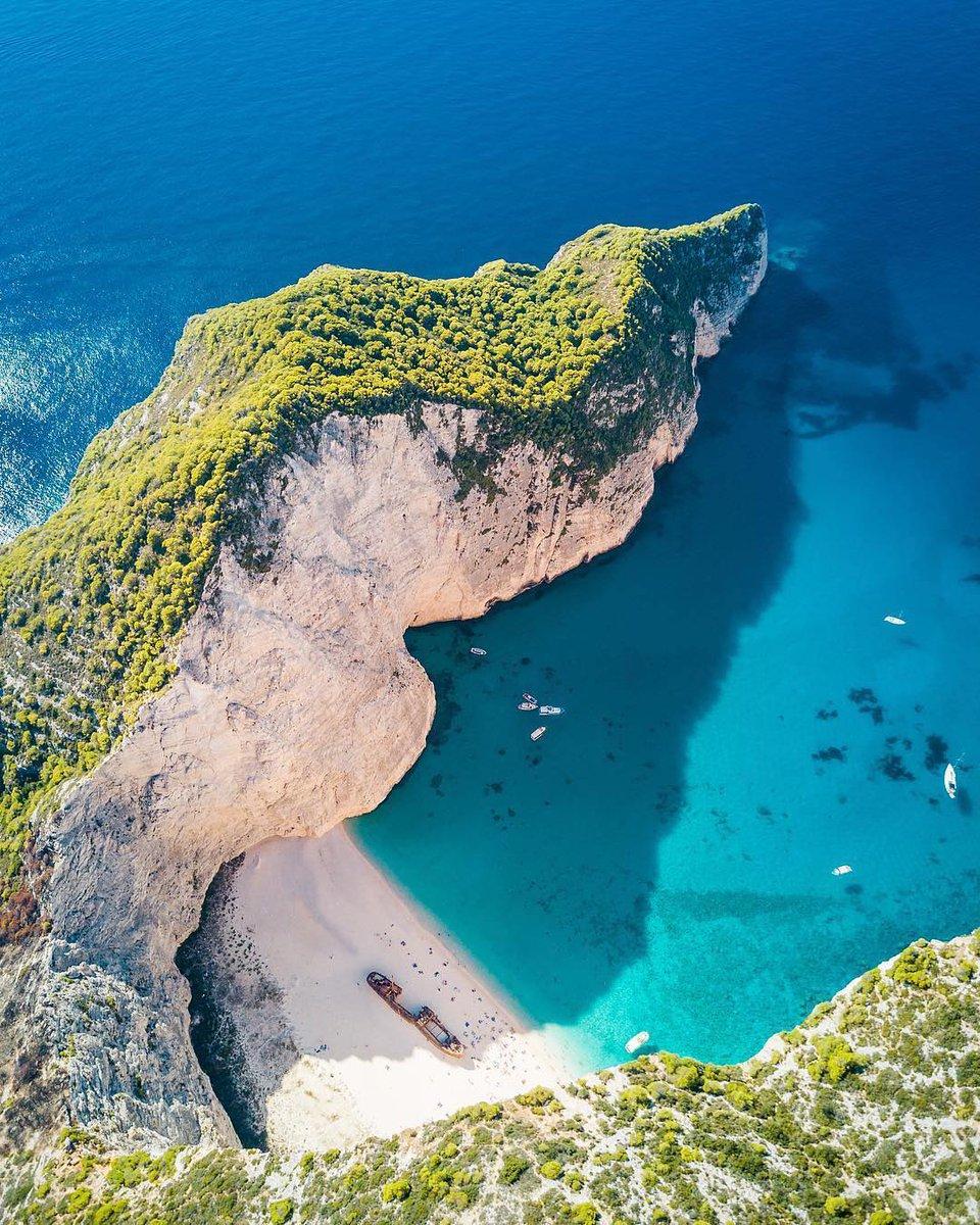 「紅の豚」のモデル『ナヴァイオビーチ』Place:ギリシャ