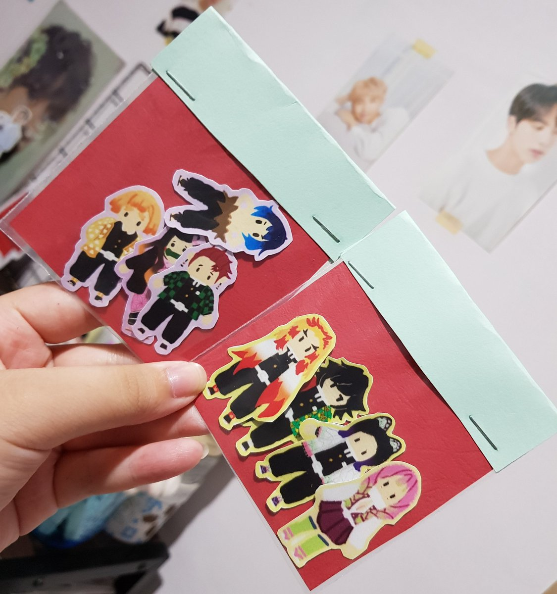 Hello everyone! The Visual Arts club will be having an art booth this coming U-days, we will be selling stickers, handmade bookmarks and more ♡ <br>http://pic.twitter.com/0io5qgY7BJ