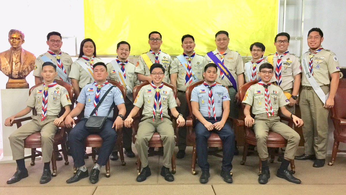 The chartering of Rajah Sulayman Chapter No. 4 and its newly elected officers, with the National Council of the Premiere Honor Society of Eagle Scouts in the Philippines. #MakeItHappen #EagleScout #Lipad #NESAPh <br>http://pic.twitter.com/cnifXi1EZb