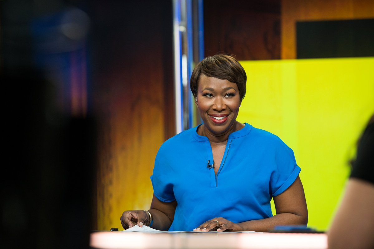 .@amjoyshow is coming up! @JoyAnnReid will see you all very soon #reiders at 10 AM ET this #SundayMorning on @MSNBC https://t.co/UEybedyNyA