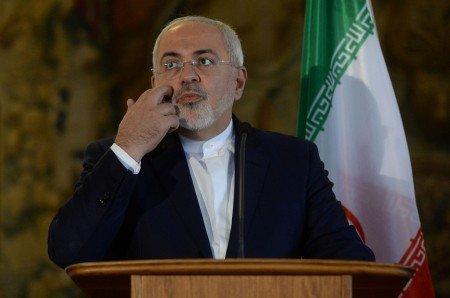 Iran Geram Dituduh Serang Fasilitas Minyak Arab Saudi https://medcom.id/s/xkE3d1rN
