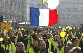 Any news on France's yellow vests ?  #YellowVests #France<br>http://pic.twitter.com/8OLeoL1YCn