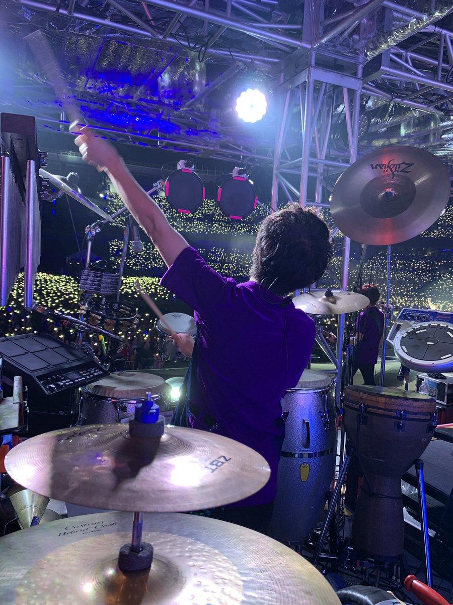 水樹奈々さんのZOZOマリンスタジアム公演終了ー!!全て出し切ったけど、ずっと笑顔でいられた本当に楽しい時間でした!坂福、チェリボにも声援ありがとうございました!関わった人、全てに感謝です!やっぱ素晴らしい現場は愛があふれてる!来年のツアーが待ちきれない(^^)7#LIVE_EXPRESS