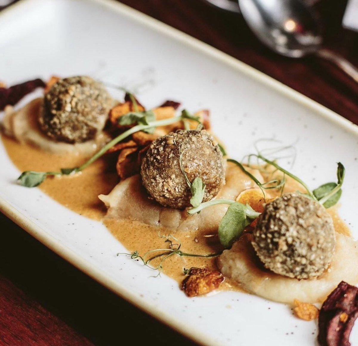 Dining in Edinburgh's West End 🍴   Haggis Bon Bons 🏴 at @GhillieDhuEdi   #edinburgh #edinburghwows #edinburghswestend