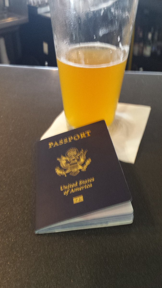Off to #Auckland #NewZealand. But first, a @ProofBrewingCo #MangoWit in the #TLH airport.