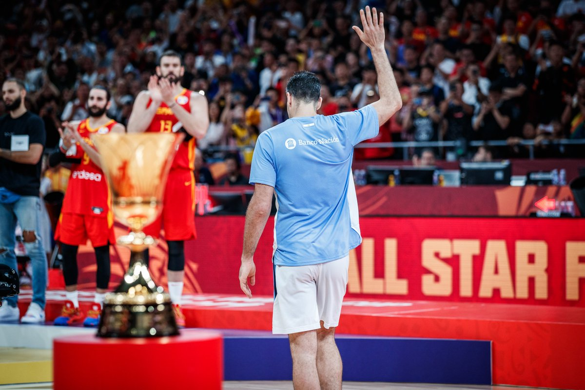 Thank you @LScola4, thank you Argentina 🇦🇷 for a magical run 👏.   #FIBAWC #ArgentinaGotGame   @cabboficial