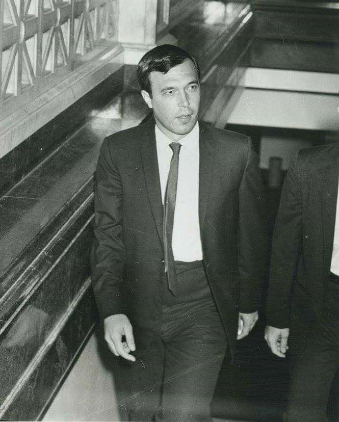 """OTD In 1963: Perry Russo says he attends a party at David Ferrie's apartment with a """"Leon"""", """"Clem Bertrand"""" (Clay Shaw) & anti-Castro Cubans. They discuss assassinating Castro until the Cubans leave & then Ferrie begins talking about JFK being the target. #JFKassassinationboard<br>http://pic.twitter.com/jZbK7xBr5g"""