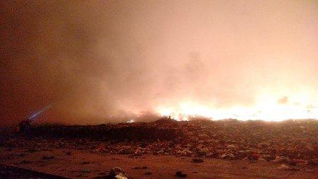 Api di TPA Antang Makassar Meluas Dekati Pemukiman Warga https://medcom.id/s/JKRV293K
