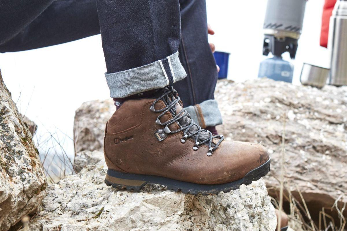 The Mens Hillwalker II GORE-TEX Boots with its OrthoLite® footbeds give a great, cushioned fit, while our patented OPTI-STUD® outsole construction gives exceptional grip on uneven terrain. 🛒 - bit.ly/Berghaus-Footw…
