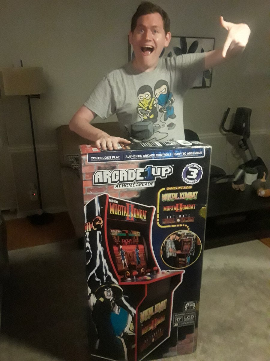🐉Hell yes! I have the greatest parents in the world! I got the Arcade1Up Mortal Kombat Machine! Thank you mom and dad!!! This is the best 28th birthday ever! #MortalKombat #MK 🐉