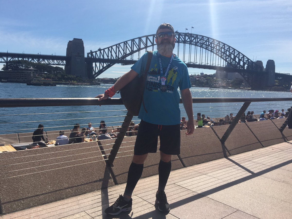 Evening (well, morning here now!) Sydney Marathon: 1st time I've ever done the same mara twice, & this time I took it a bit easier (mainly cos I only decided to enter on Thursday ). Turned out to be a warm one, 29C by the end. Chip time: 4:09:29#sydneymarathon #ukrunchatpic.twitter.com/u0JoDrNCLl