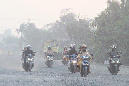 Terdampak Asap, Sekolah di Pekanbaru Masih Diliburkan https://medcom.id/s/nbwQ5w5K