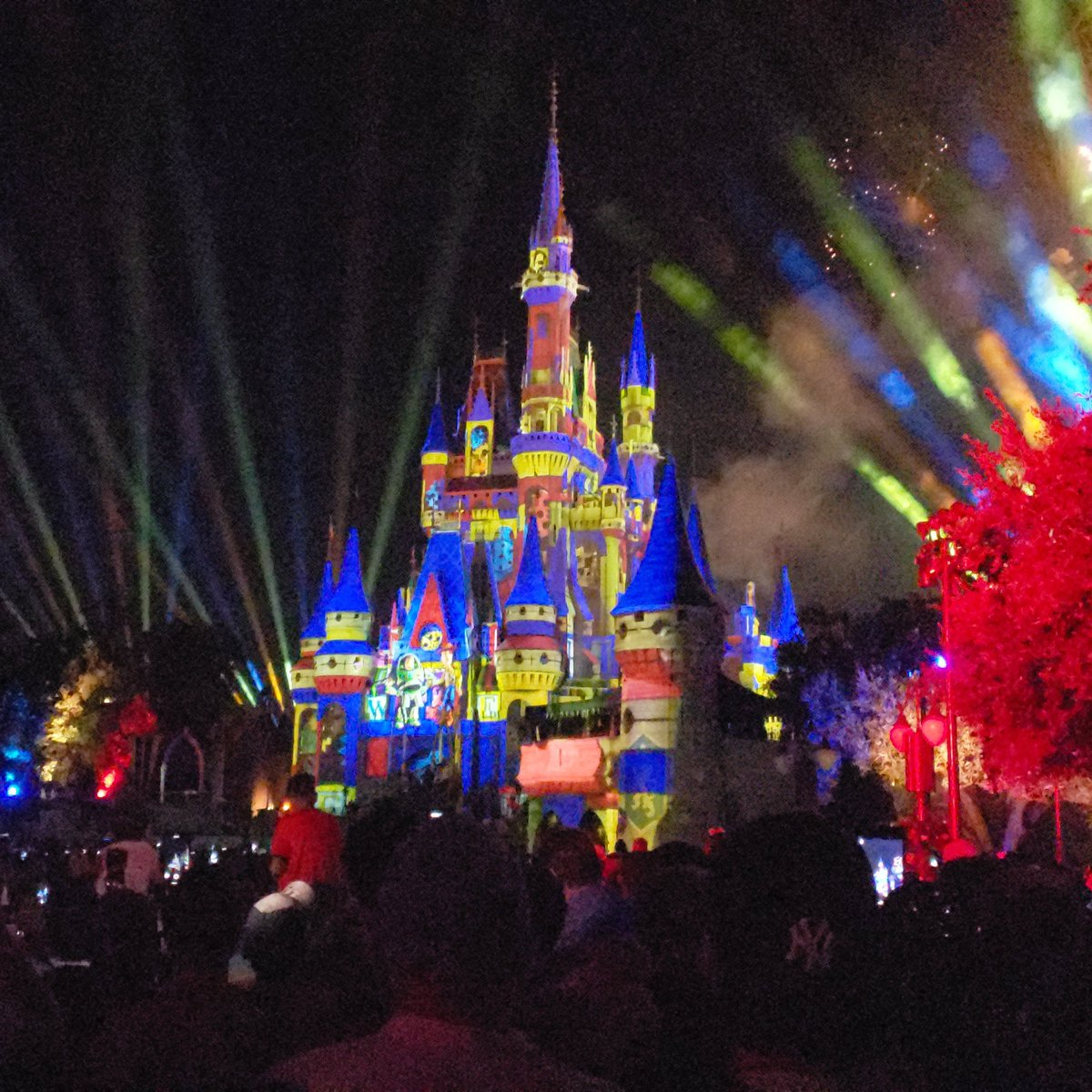 From our recent trip to Disney World #happilyeverafter <br>http://pic.twitter.com/CRP7Z5JoEM