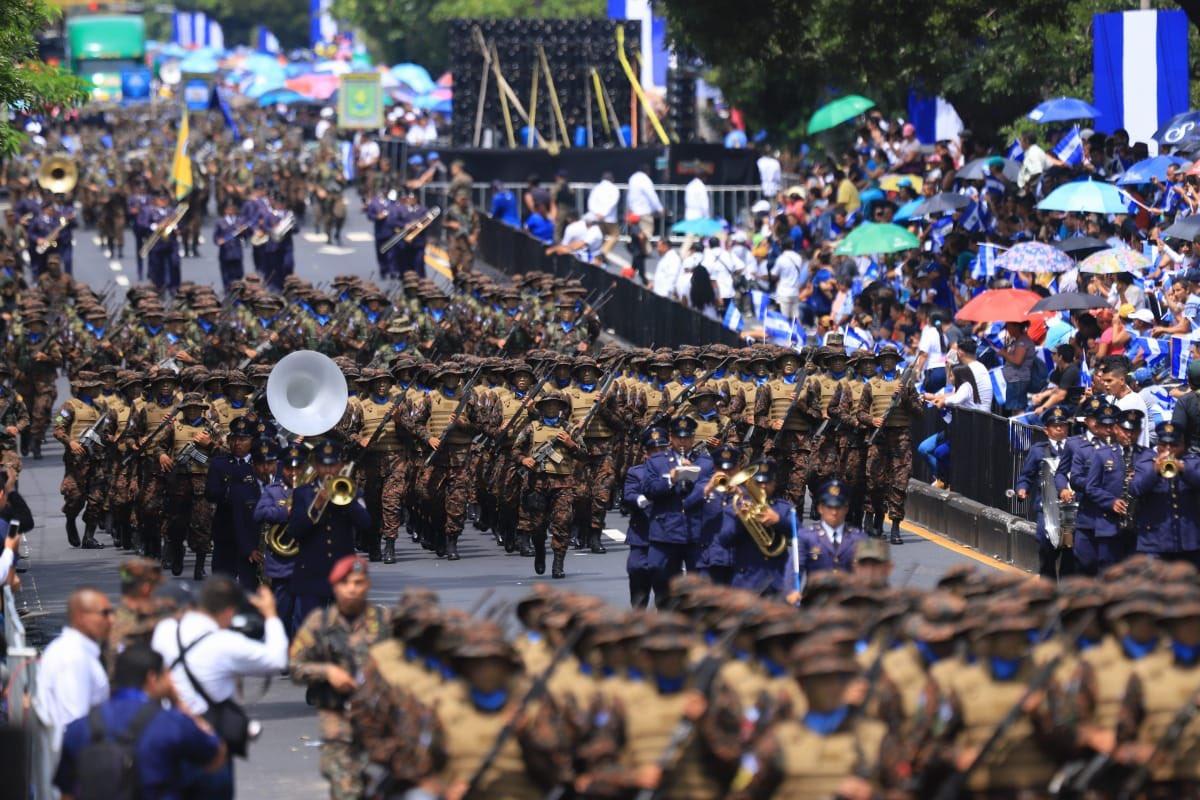 UCA: Bukele celebra militarismo, no fiesta patria