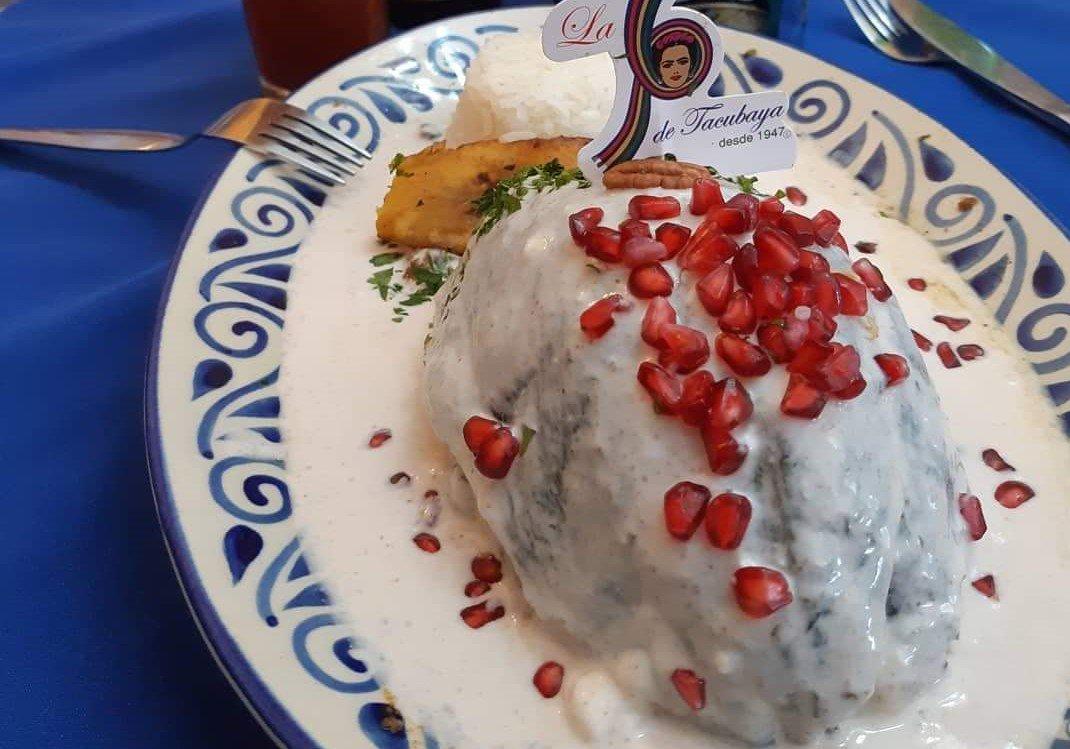 ¿Que van a cenar hoy para festejar las fiestas patrias? ¡A mi me encantan los Chiles en Nogada! ¡Suban la foto de sus platillos y estaré dando like y RT a los que se vean mas sabrosos! https://t.co/rXQR6so37i