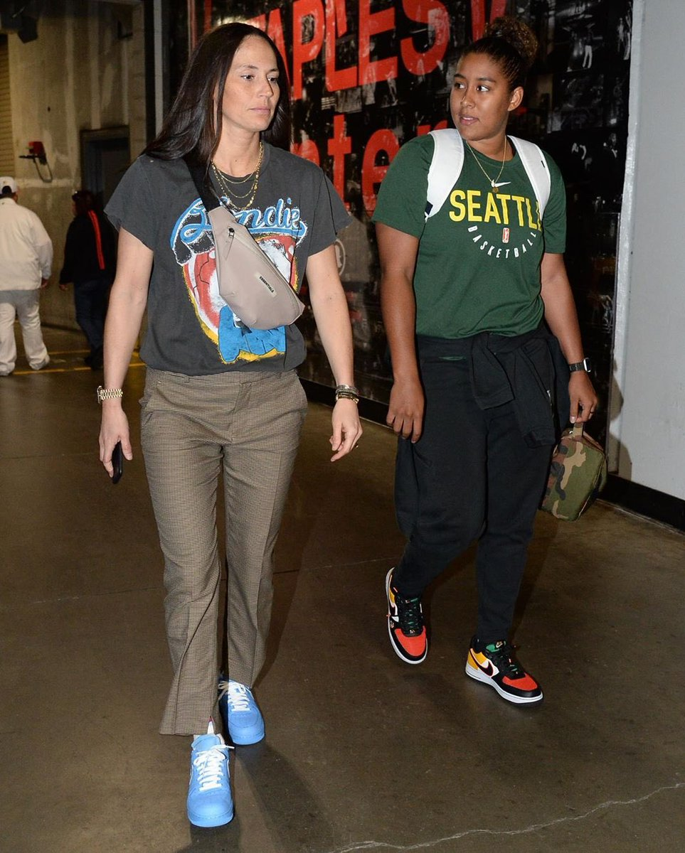 """Sue in Blue. @S10Bird laced up """"MCA"""" Off-White x Nike Air Force 1s for today's playoff action. : @adampantozzi<br>http://pic.twitter.com/ayjoaFOpZj"""