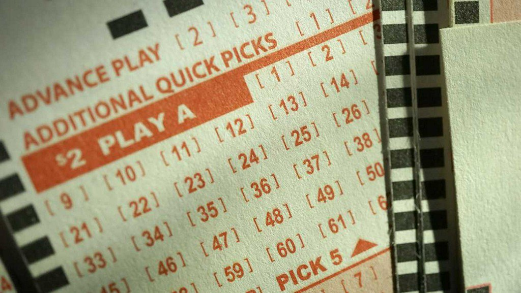 Two-time cancer survivor wins $4.6 million lottery jackpot koat.com/article/two-ti…