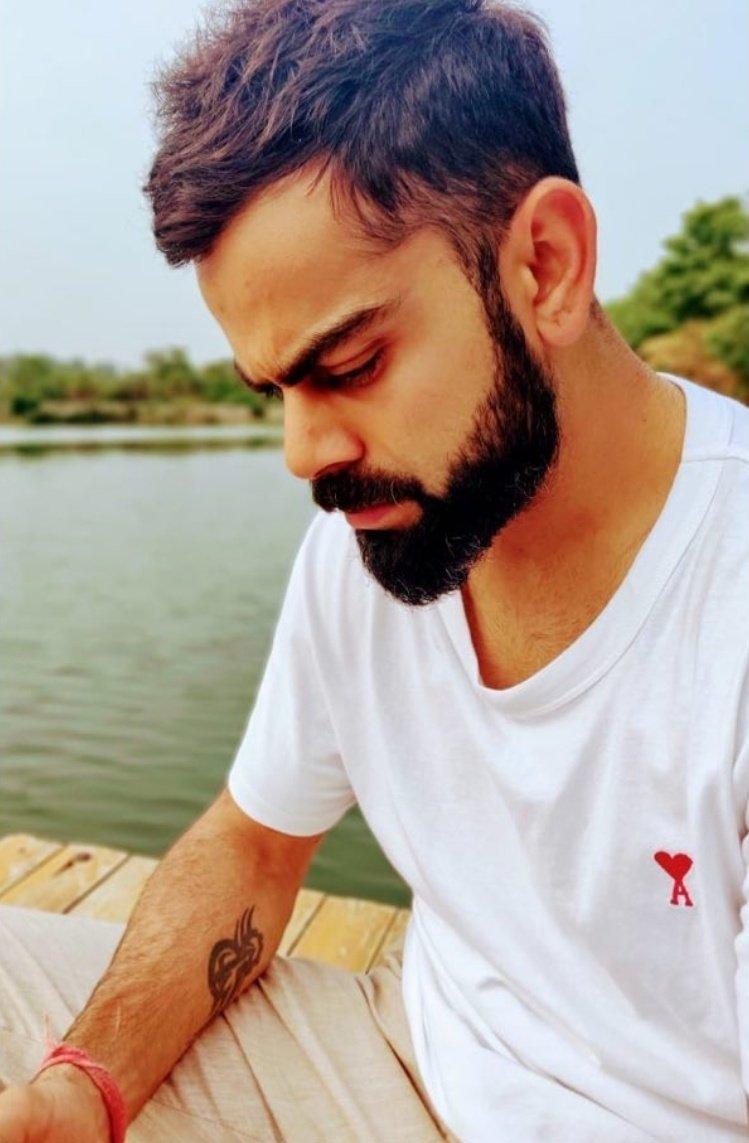 Caught in the moment. Pic credit @AnushkaSharma <br>http://pic.twitter.com/hX3DzidDr0