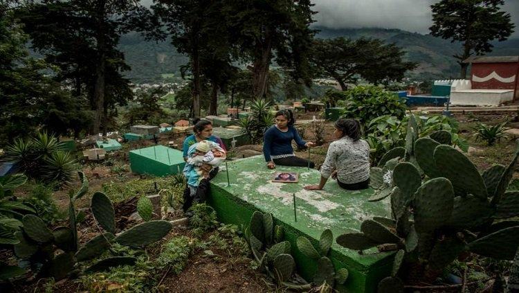 Violência doméstica na América Latina motiva imigração para o norte Leia mais: bit.ly/2Lx3toH
