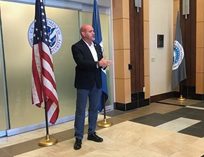 #Colorado #ICE chief meets with reporters to 'dispel a lot of myths' | Sentinel Colorado http://ow.ly/4jdW50waYAv #BorderCrisis #ICEraids #AuroraCO #AuroraGEO #GEOprotests #Immigration #COpolitics