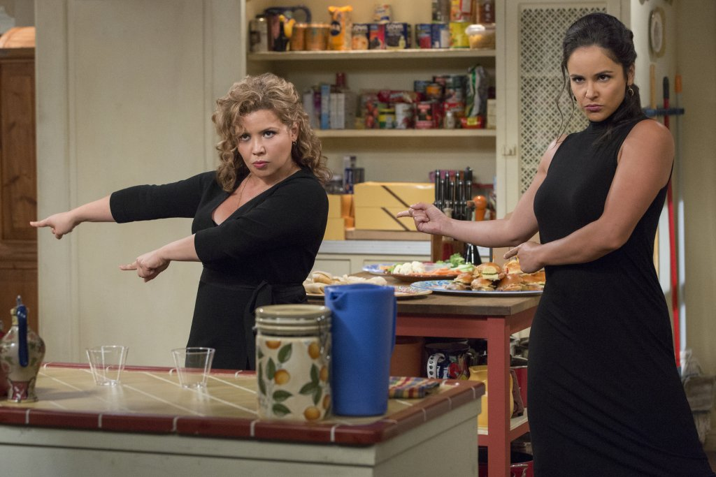 'One Day At a Time' Wins First Emmy For Netflix Post-Cancellation As It Gears Up For New Season On Pop dlvr.it/RD9ks6