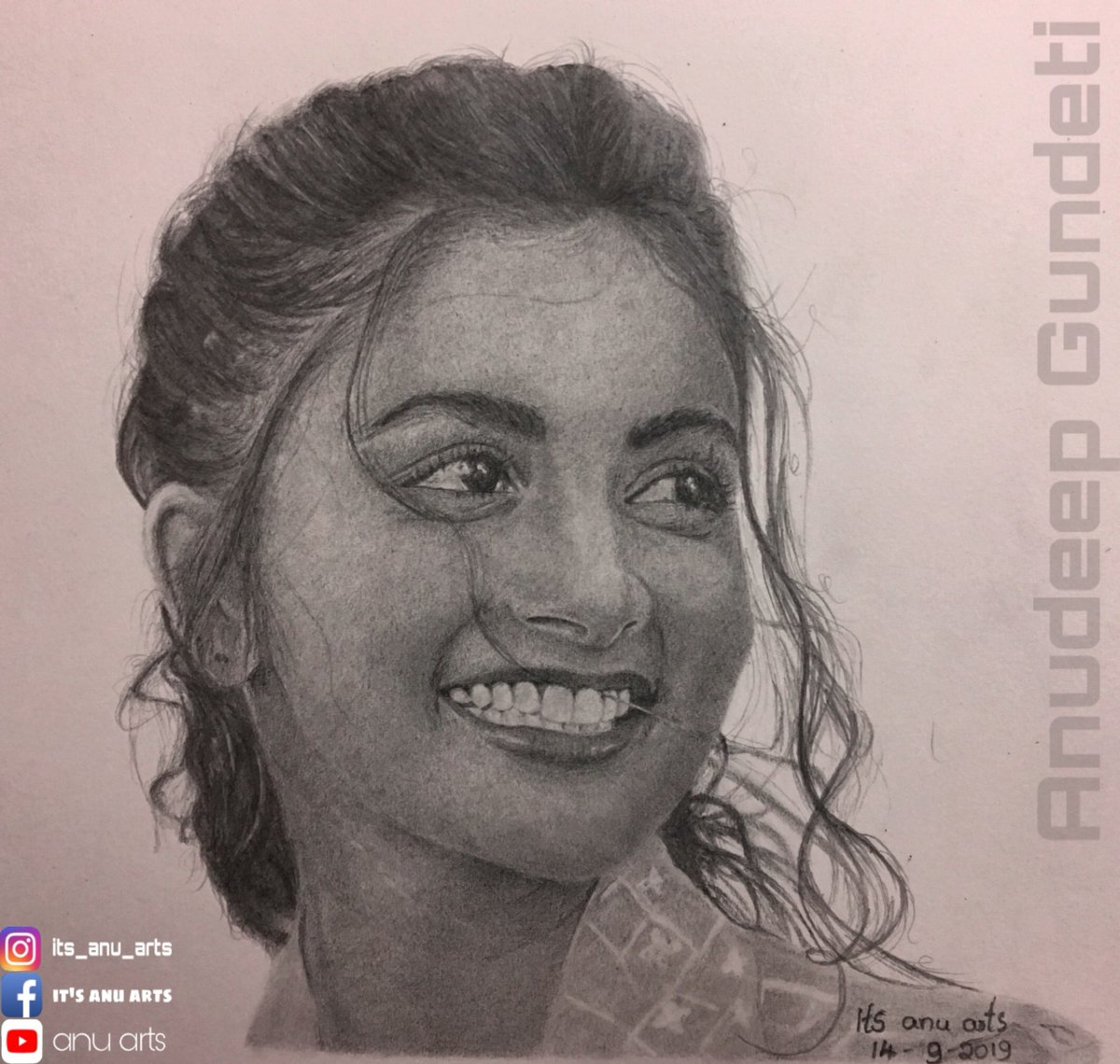 My New portrait of heroine @hegdepooja  Hope you like this sketch... . . Art by :- Anudeep Gundeti . #poojahegde #poojahegdefc #poojahegdefans #poojahedgehot #poojahegdeinsta #tollywoodhotactress #tollywood #artist #artistsoninstagram #artwork #drawing #artspic.twitter.com/ghMAmBywtV