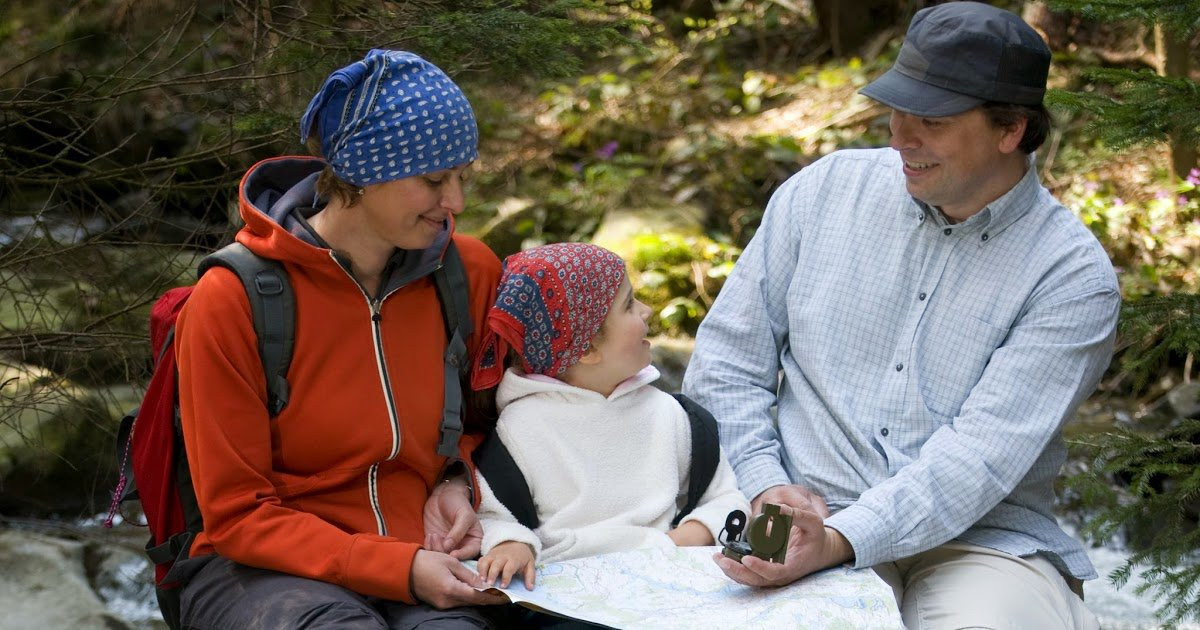 What to do if you're lost on a hike with kids  #camping #hiking #outdoors http://dld.bz/eRmSQ