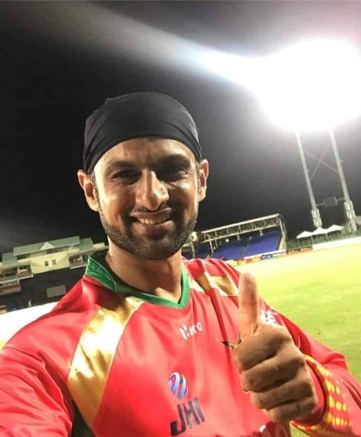 4 out of 4 wins and top of the points table. Despite many high totals this edition like 191, 180, 241, 242, 226 , But no team has managed to score 155+ vs Amazon Warriors. Shoaib Malik captaincy. 👍🔥 #CPL19 #GuyanaAmazonWarriors